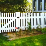 Baltimore Straight PVC fence